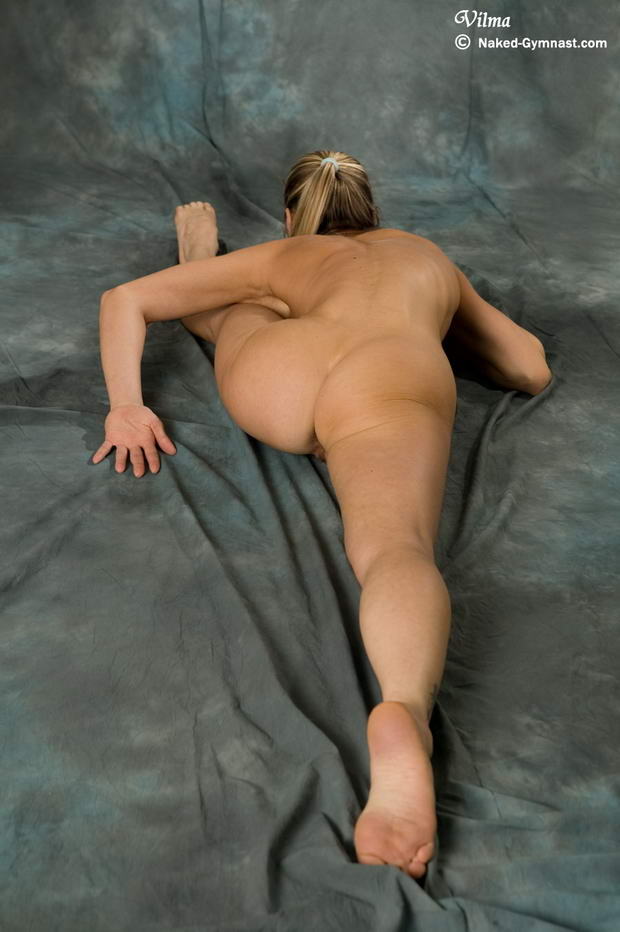 flexible fetish nude ballerinas