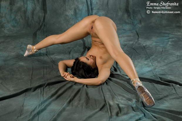 Dancing Naked <b>nude</b>-ballet-370.jpg